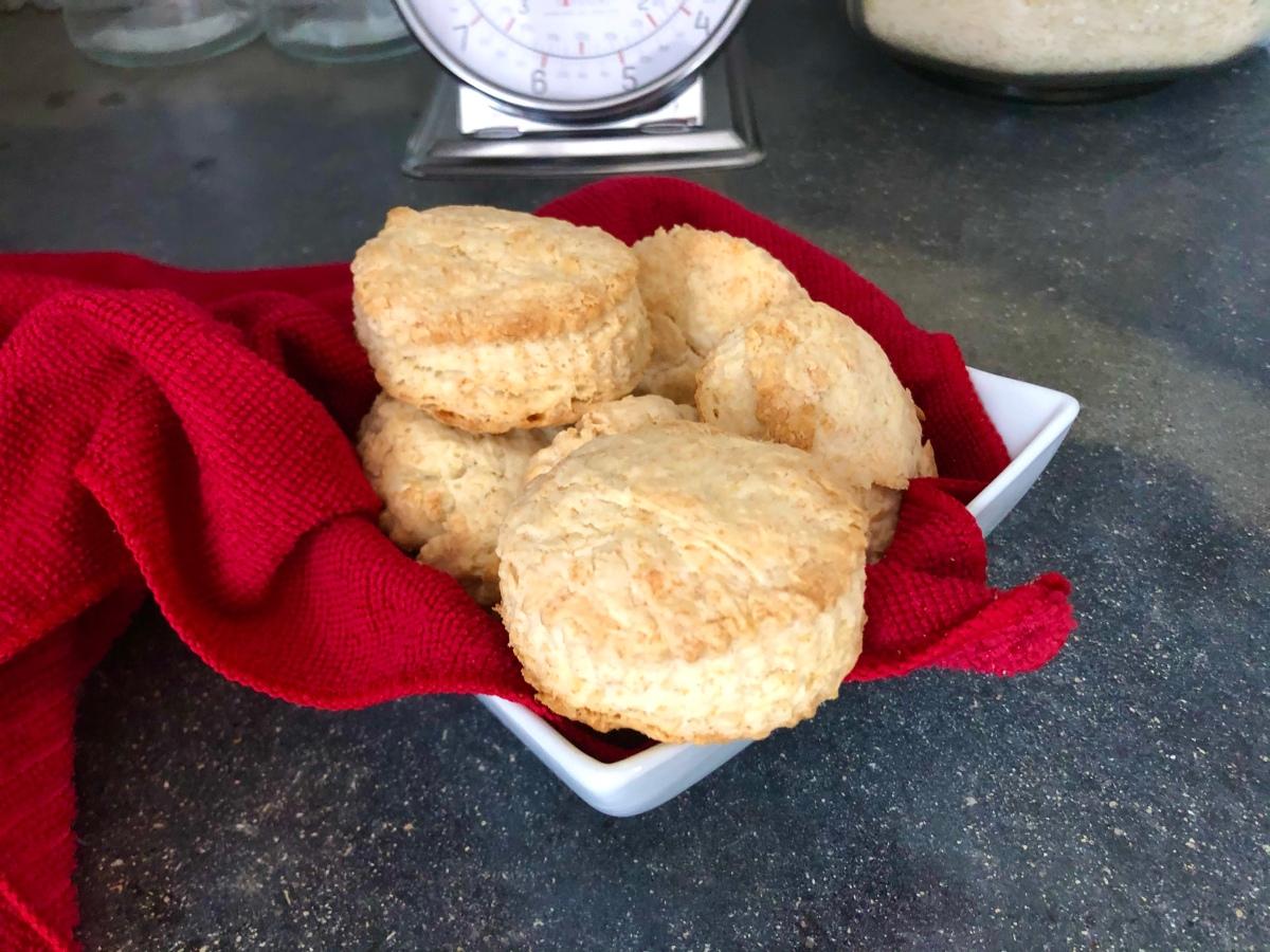 Mom's Baking PowderBiscuits